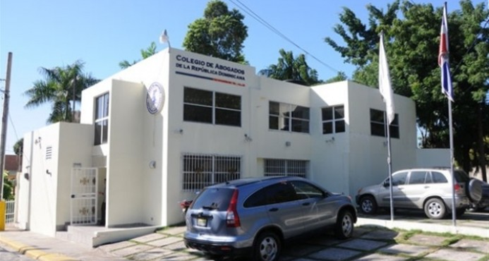 Abogados denuncian nuevos impuestos del CPJ