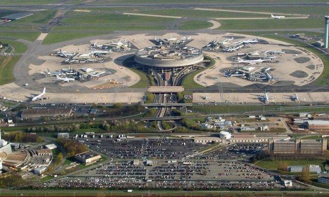 Aeropuertos de París se privatizará, pero el Estado mantendrá un control