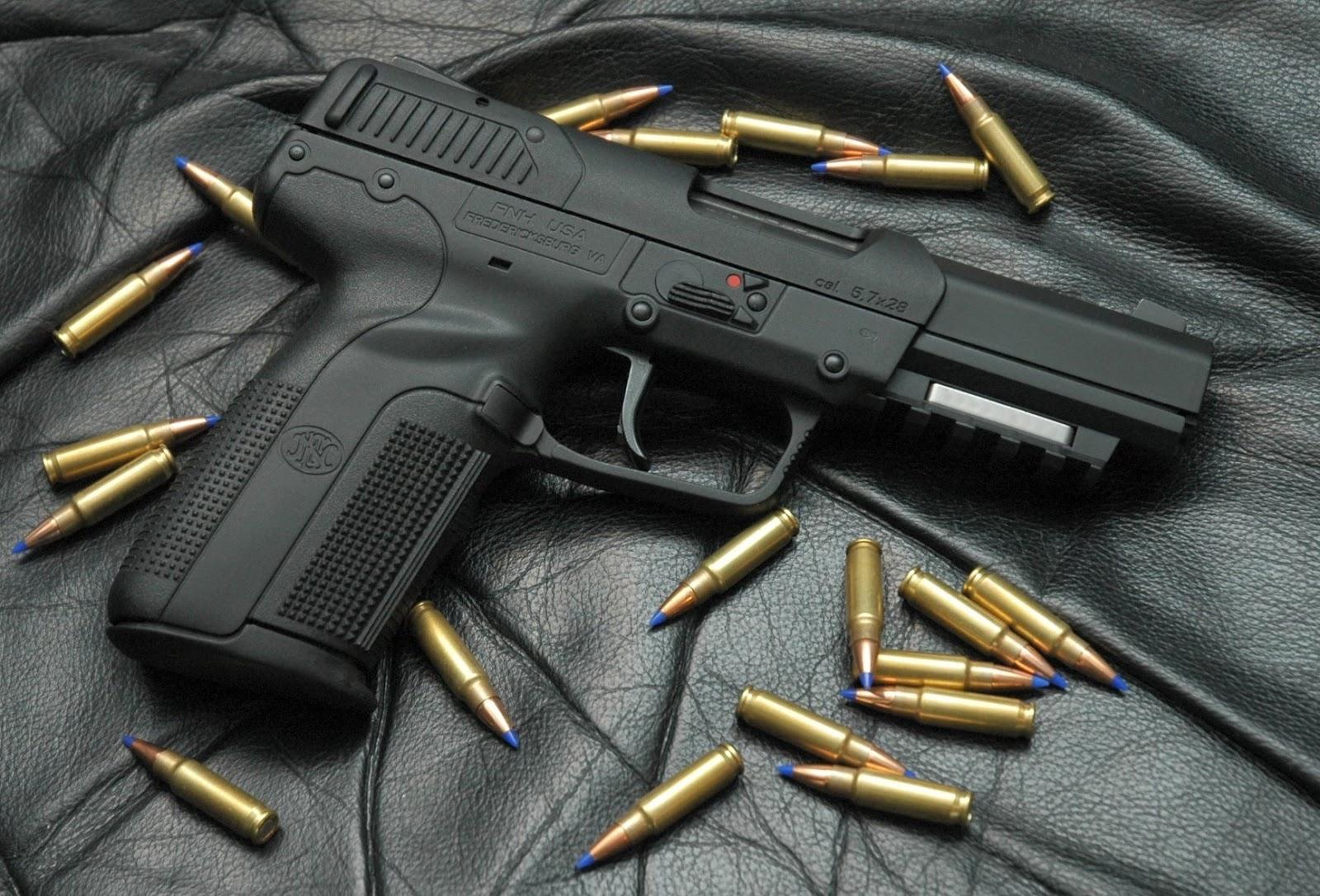 CESAC incauta 13 armas de fuegos a pasajeros cuando se proponían salir del país