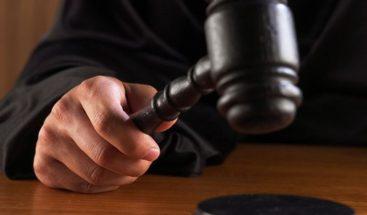Condenan a 30 y 20 años a 2 hombres por muerte de un policía y un pastor