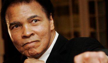 Trump dice que podría dar el perdón presidencial a la leyenda del boxeo Muhammad Alí
