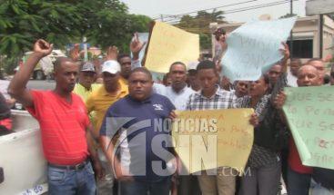 A prisión dos hombres involucrados en asalto estación de combustible en Azua