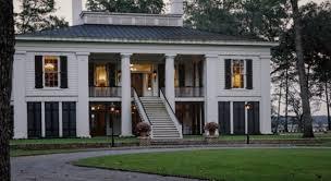 Las fotos de la mansión que Ben Affleck puso a la venta en una isla de Georgia