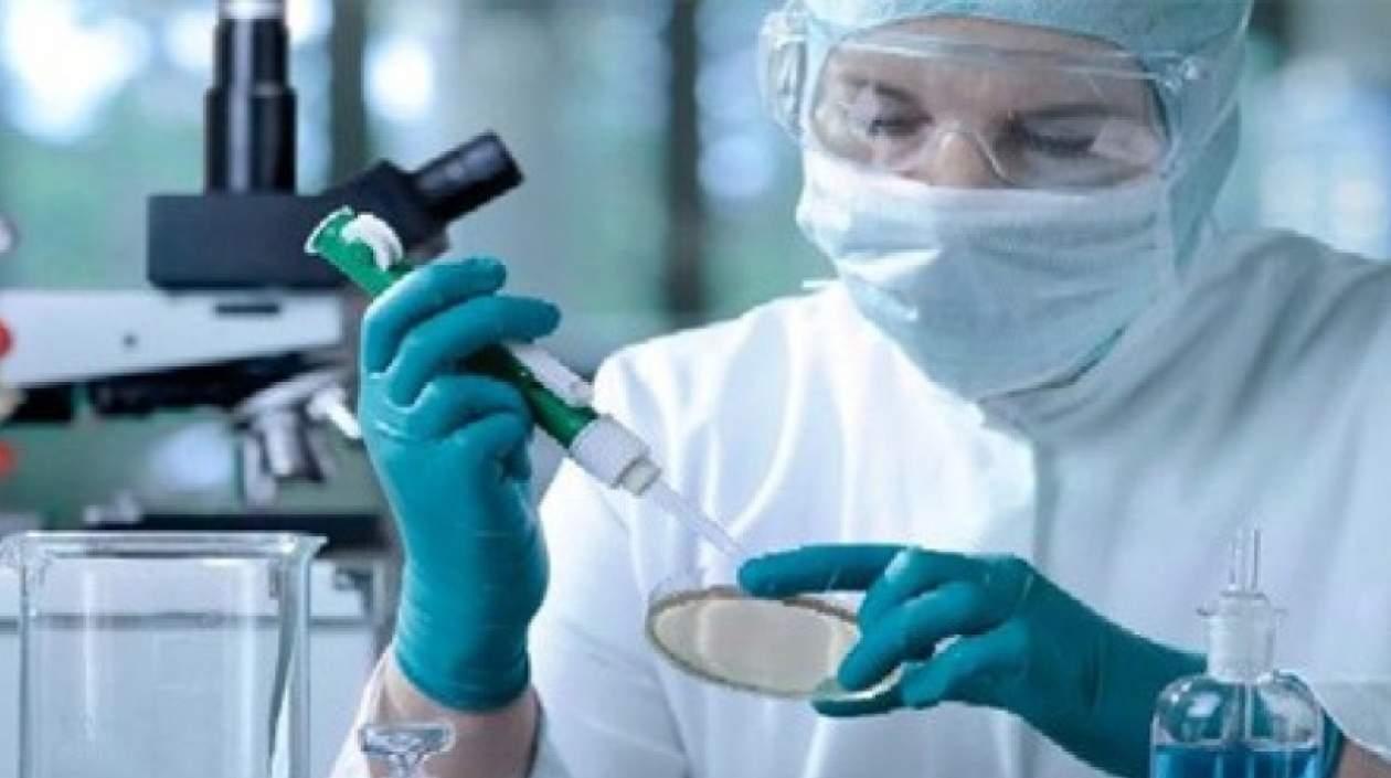 Científicos chinos prueban en ratones posible anticuerpo universal contra VIH