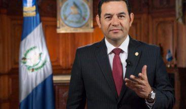 Una mujer denuncia al presidente de Guatemala por violación, según medio