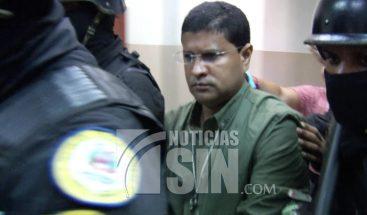 Sacerdote Elvin Taveras se declara inocente del asesinato de monaguillo