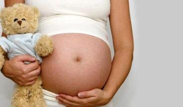 Los embarazos de niñas entre 10 y 14 años van en aumento en México