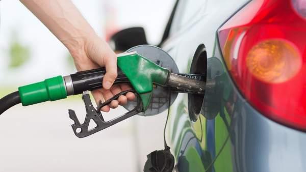 Bajan las gasolinas y el GLP; sube el gasoil