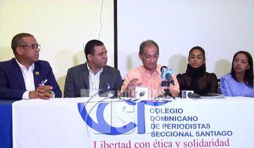 Periodistas agredidas en Santiago reciben apoyo de sus colegas en todo el país