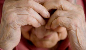 Mayores vulnerables: cuando el que maltrata es una persona de confianza