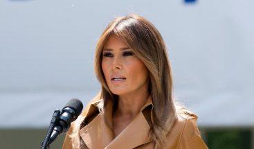 Melania Trump pide a Congreso actuar para reunir a niños migrantes con padres
