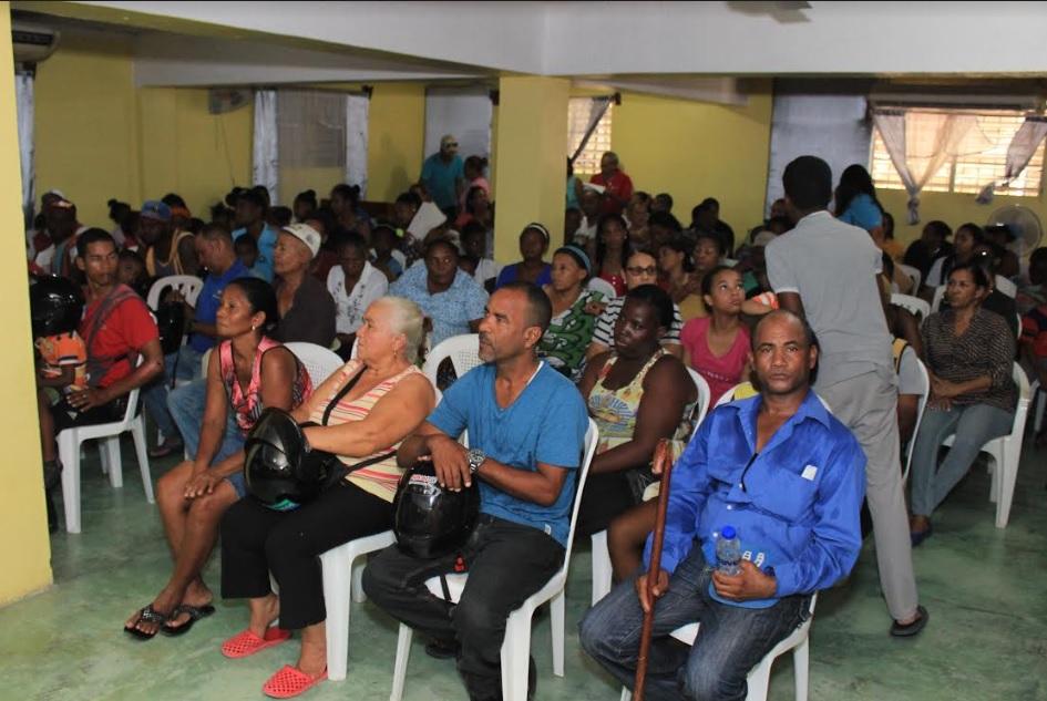 Hospital Ney Arias Lora orienta a cientos de personas sobre prevención de enfermedades