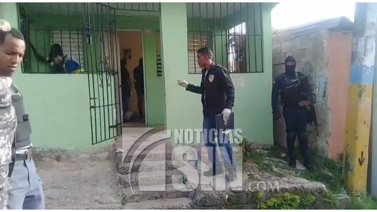 Policía confirma identidad de atacante a oficiales en Los Mina