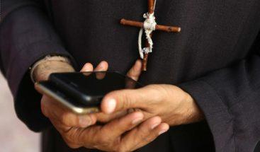El Vaticano procesará a sacerdote por posesión de pornografía infantil