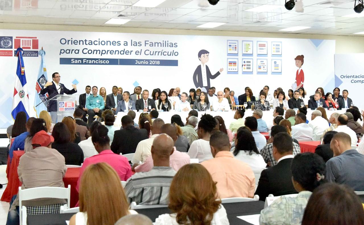 Andrés Navarro asegura que alianza entre escuela y familia evitará la violencia y el crimen