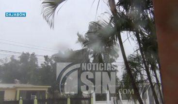 Ventarrón causa daños a varias viviendas en Dajabón