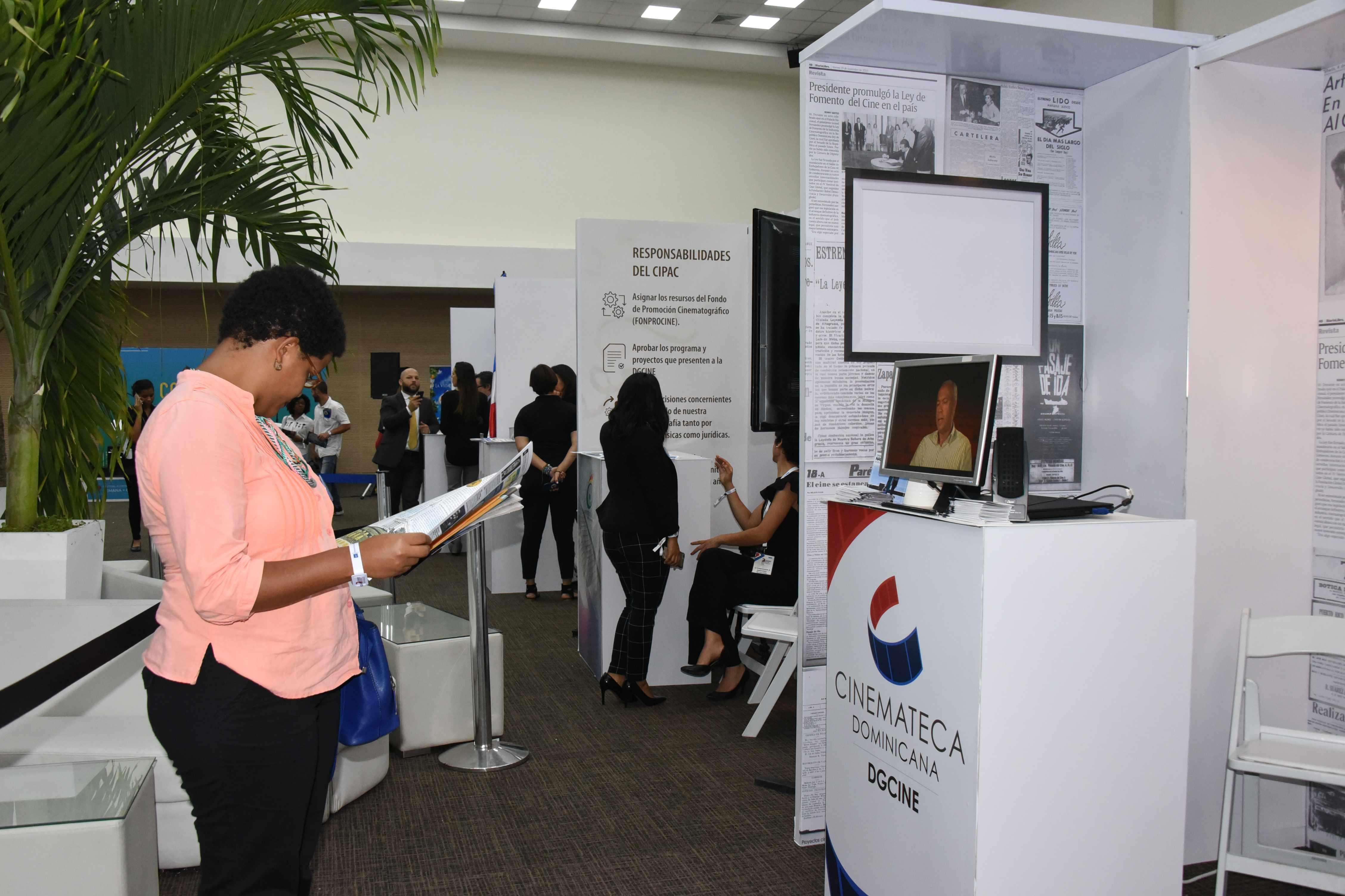 Cultura expone en congreso su rol en la aplicación de la ley de cine