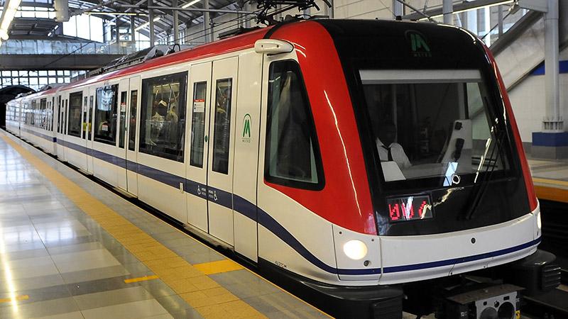 Nuevos vagones del Metro en proceso de ensamblaje y pruebas según normas