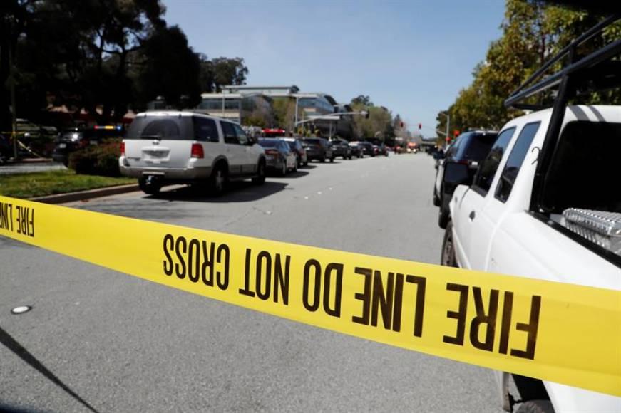 Dos adultos graves tras tiroteo en escuela de EE.UU