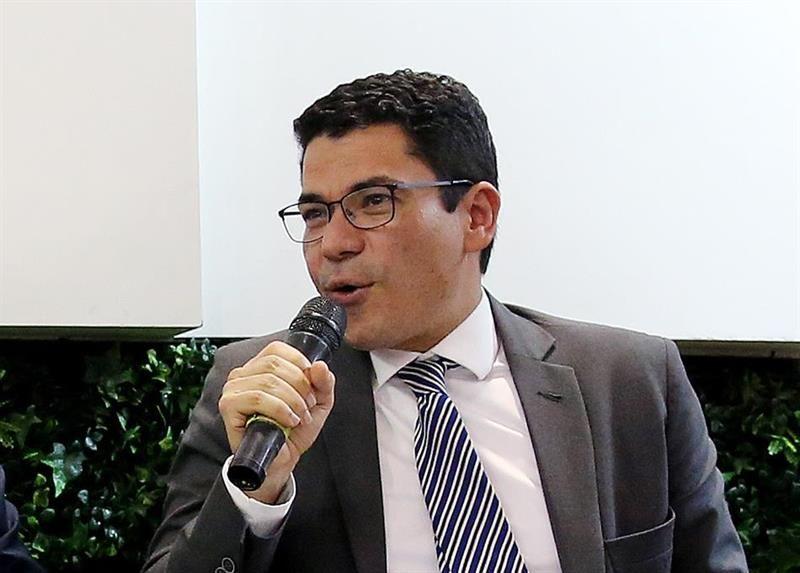 Abren investigación disciplinaria a exviceministro colombiano por Odebrecht
