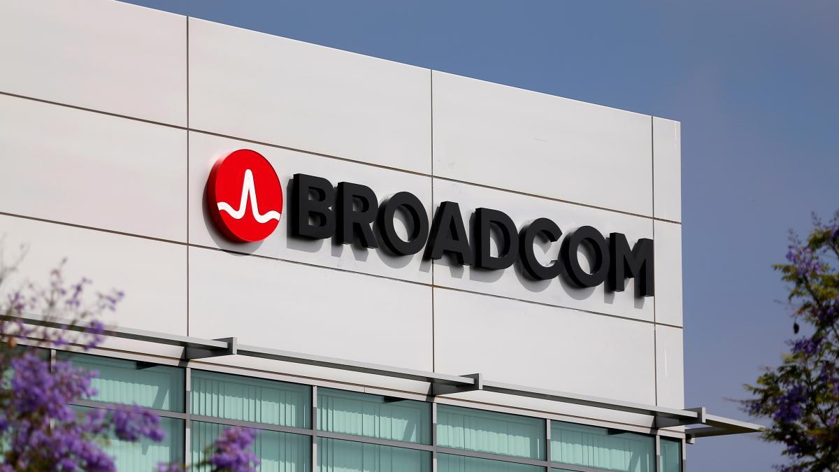 Broadcom llega acuerdo para adquirir estadounidense CA Technologies