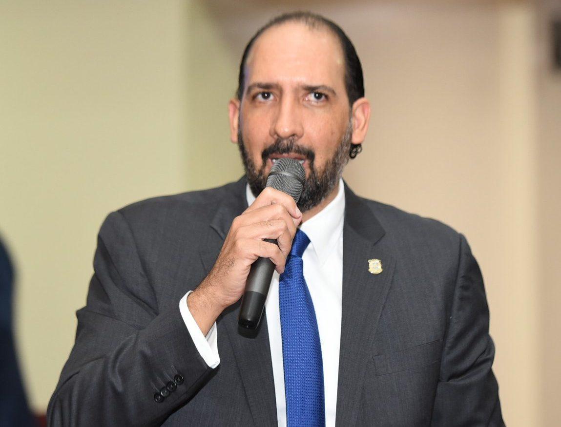 Presidente comisión estudia Ley de Partidos califica de ilegal proceso de convocatoria