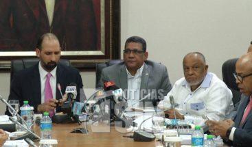 Como un engaño califican legisladores comisión especial para tratar tema ley de partidos