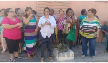 Protestan en La Agustina del DN por retiro de destacamento policial