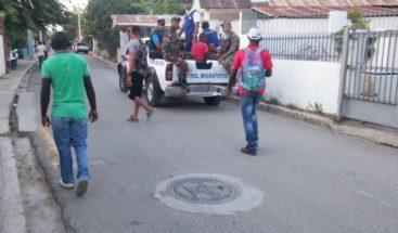 Migración y Alcaldía de Santiago detienen 451 extranjeros