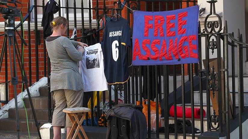 Enjuiciar a Assange seríapaso hacia