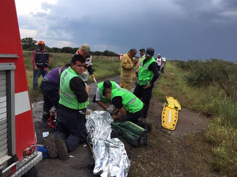 Al menos 12 heridos críticos en accidente aéreo en el norte de México