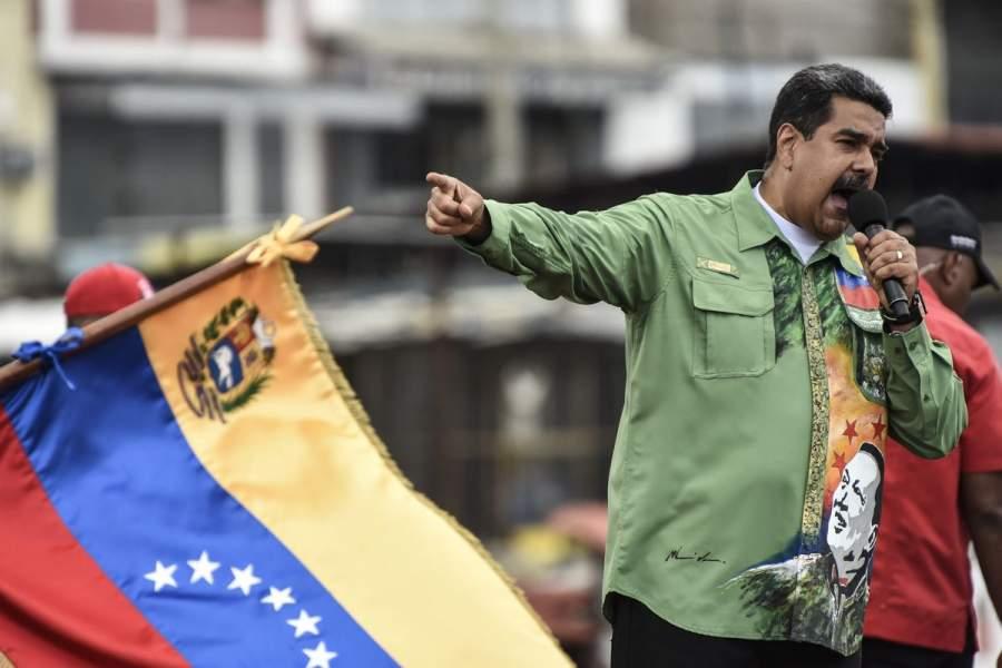Maduro aprueba plan de operación de corporación de empresas básicas