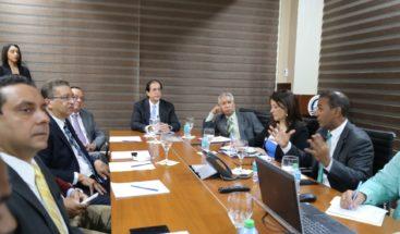 Gustavo Montalvo anuncia clausura del vertedero de Villa Altagracia