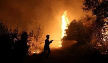 El número de las víctimas mortales por los incendios en Grecia se eleva a 86