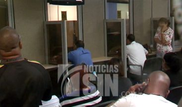 Residentes en PR reciben facturas por US$ 14 mil a pesar de durar meses sin luz