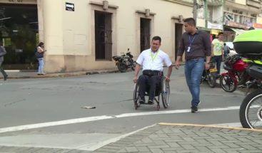 Colombia: Funcionarios se ponen en la piel de los discapacitados
