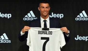 Cristiano Ronaldo ya se entrena con la camiseta del Juventus