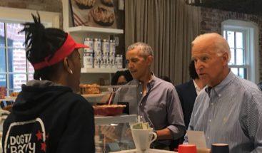 Obama y Biden, clientes sorpresa en panadería de Washington