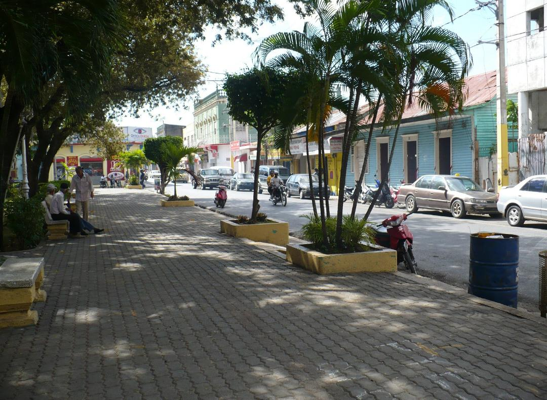 Ladrones se adueñan del centro de la ciudad en San Pedro de Macorís