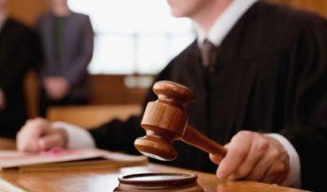 Dictan prisión preventiva a dos por asesinato de profesor de deportes