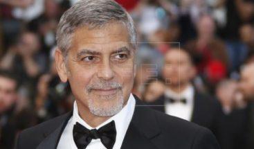 El actor George Clooney, herido leve tras accidente de moto en Cerdeña