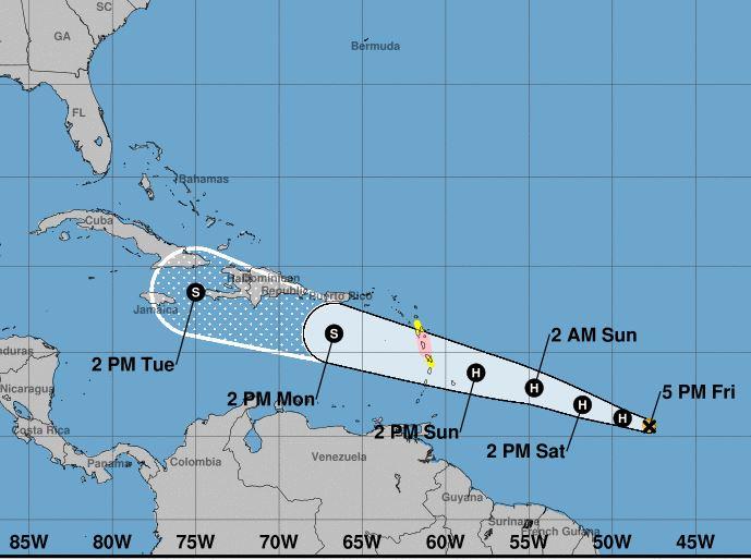 Los países del Caribe Oriental se preparan para la llegada del huracán Beryl