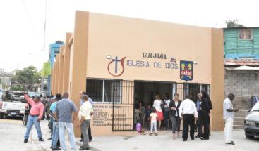 Presidente Medina entrega varias edificaciones en Santo Domingo Oeste