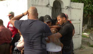 Sepultan restos del cabo asesinado por cuatro agentes de Antiruido