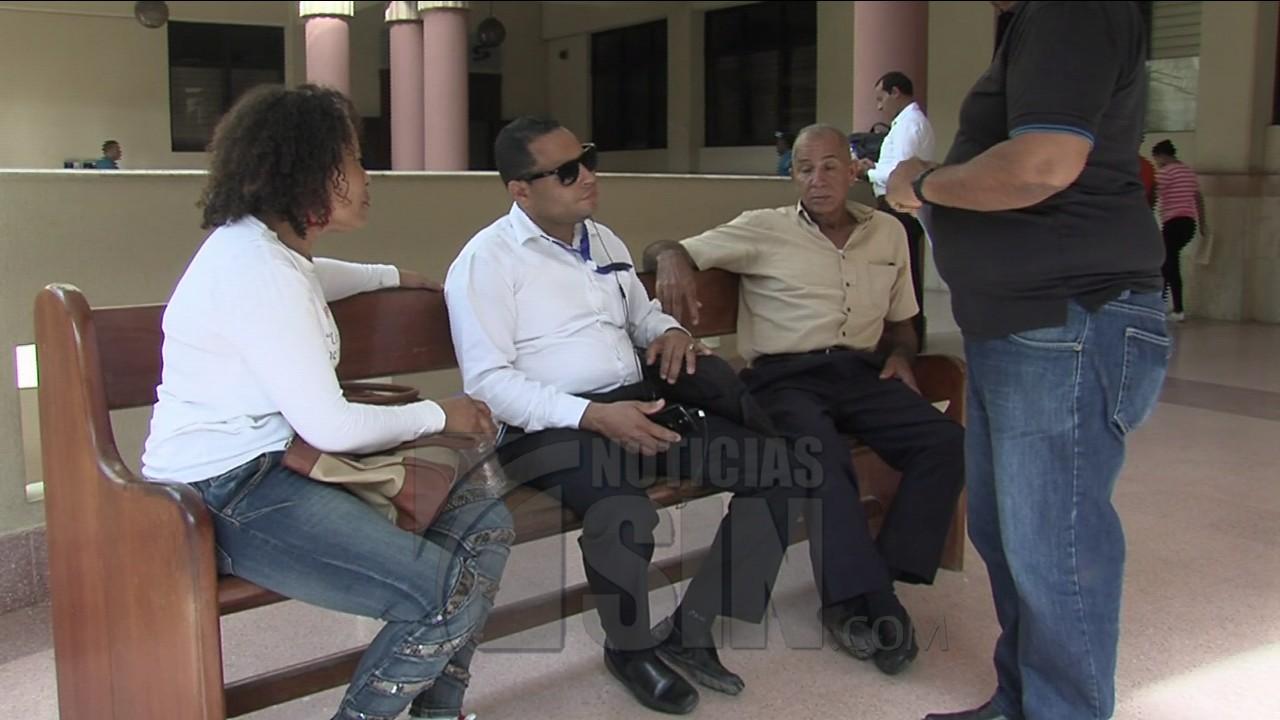 Se querellan seis personas en contra de abogado del caso familia Rosario
