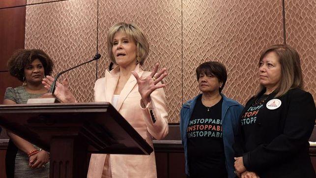 Jane Fonda enarbola la bandera de las mujeres humildes en tiempos del #MeToo