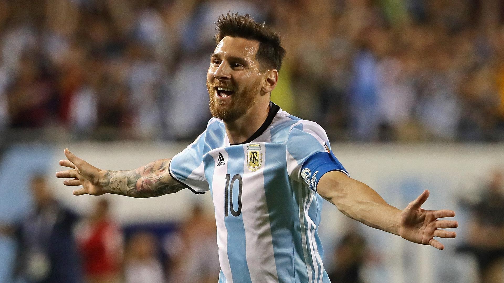 Messi será el primer capitán del Barça y Piqué elegido por primera vez