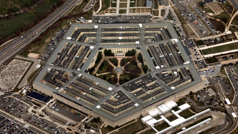 Trump pide que los países de la OTAN gasten más y el Pentágono compra tazas por 1.200 dólares