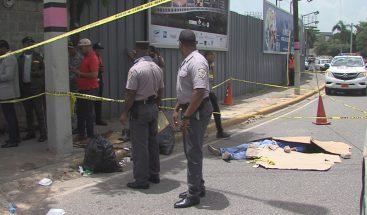 Policía investiga muerte de limpiador de vidrios en la John F. Kennedy