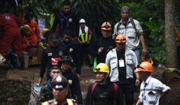 Trump alaba a las brigadas de rescate del equipo atrapado en cueva tailandesa